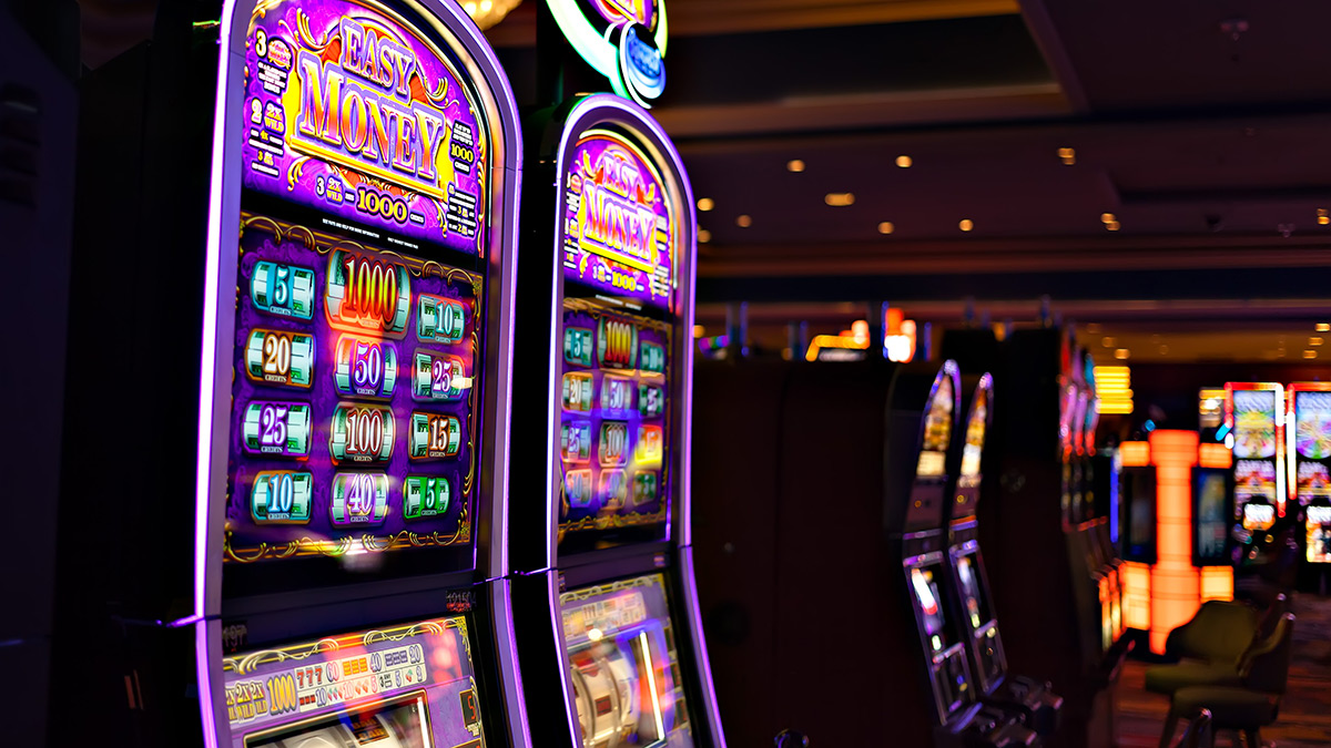 How to know when an older parent has a gambling problem